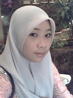 Aksi Pramugari MAS Terlampau - Gadis Melayu Bertudung