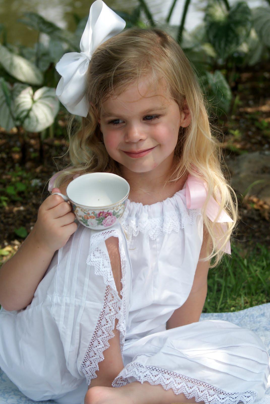 A Little Loveliness: Garden Tea and a Giveaway