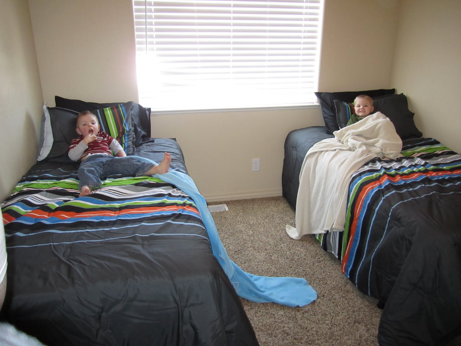 Boy Twin Beds 28 Images Boys Day Beds Bedroom Cheap Twin Beds Really Cool For Bedroom
