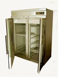 Торговый холодильный шкаф.Фото