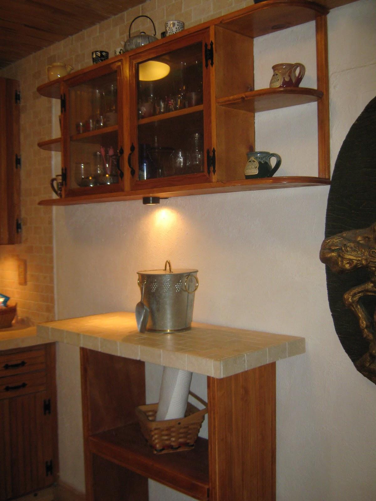 Fernandez cabinet cocina rustica terminada remodelacion for Repisas rusticas para cocina