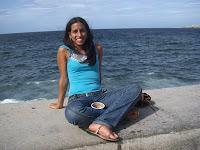 Marianne, joven universitaria en el Malecón