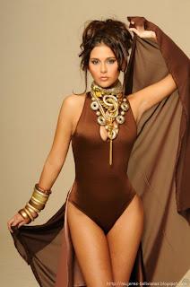 Flavia Foianini es Miss Bicentenario y Doris Vargas es Señorita Bicentenario