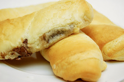 nutella rolls nutella i can pillsbury crescent rolls preheat your