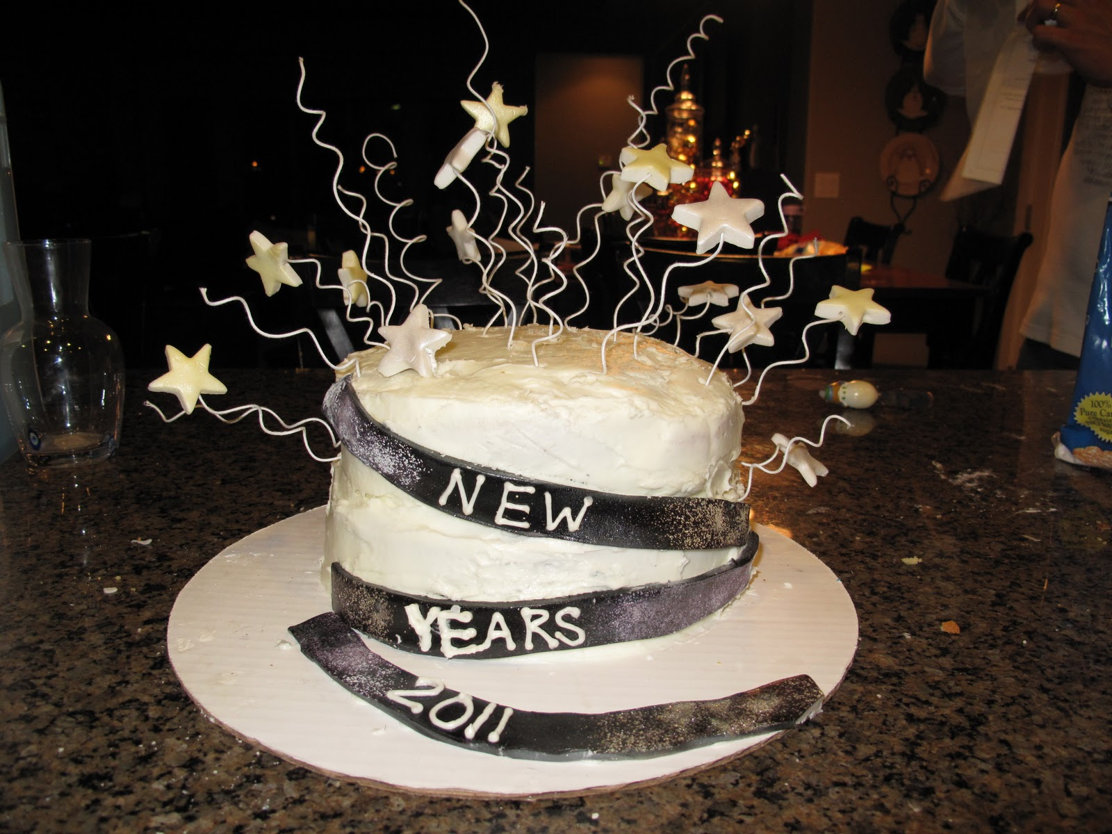 Cake Pictures New : The little Baker Girl: New Years Eve Cake