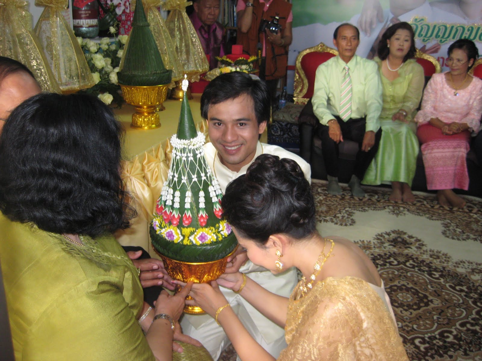 Nice Thoughts Thrills Traditional Thai Wedding