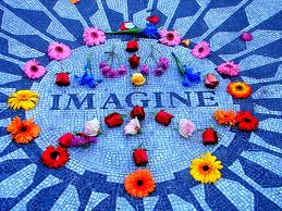 Homenagem a John Lennon no Central Park New York