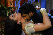 Arthi Aragwal Hot Romance Pictures