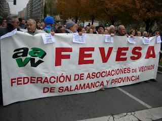 Manifestacion encabezada por pancarta de FEVESA