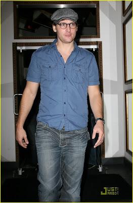 Robert Pattinson  Ashley Greene on Dtodoblog  Robert Pattinson   Ashley Greene Salida De Amigos