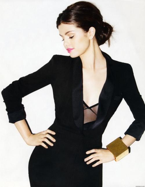 Ficha de Loneliness N. Grey Selena+gomez001