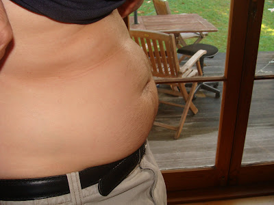 this was my pregnant pre-traineo belly. Think I was carrying twins.