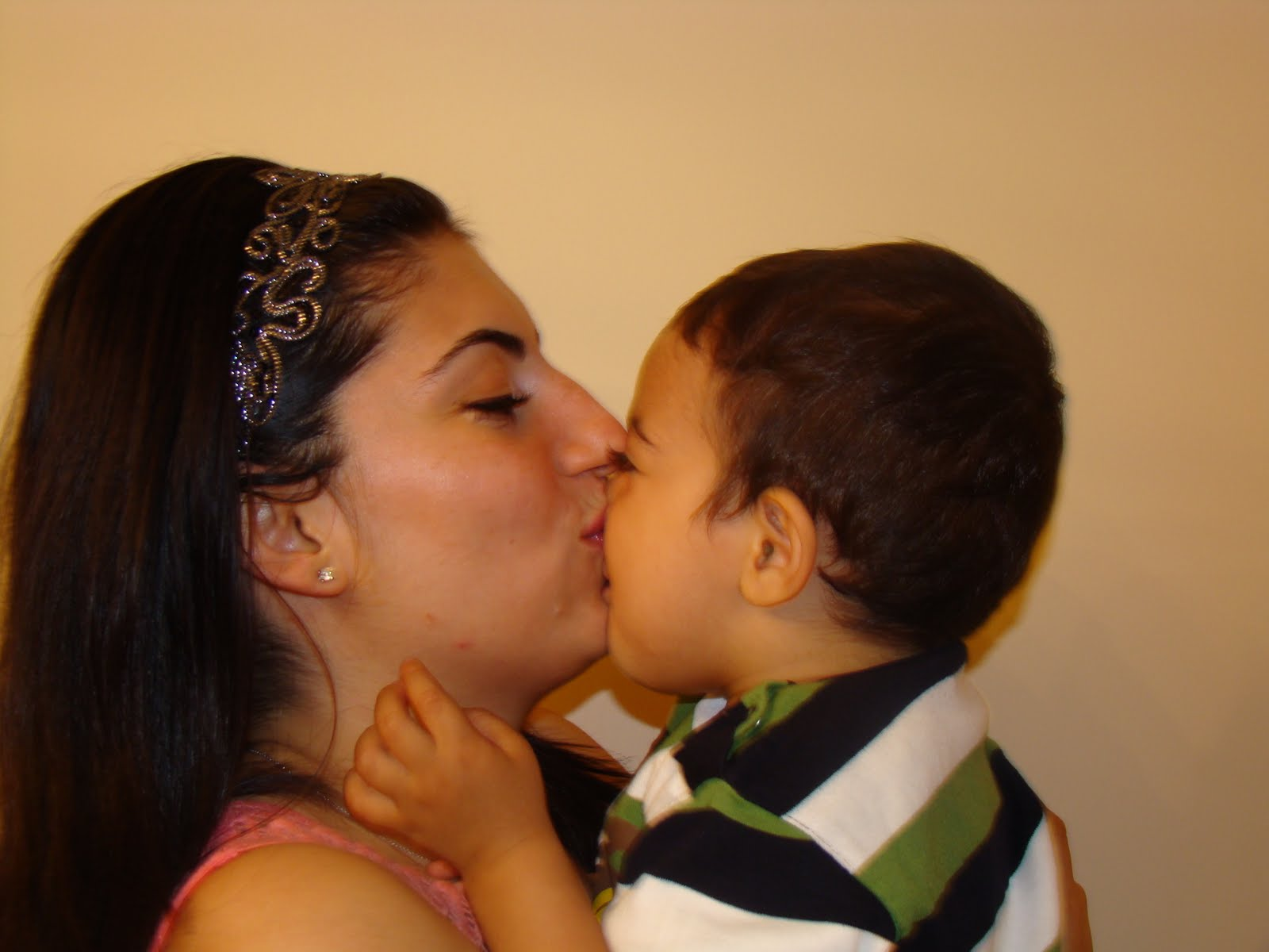 Aşk Hayatınızı Canlandıracak Öpücük