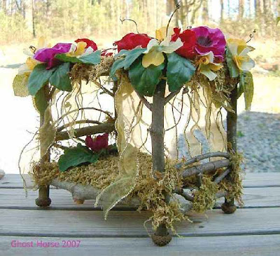 1000 ideas about fairy furniture on pinterest fairy for Fairytale beds