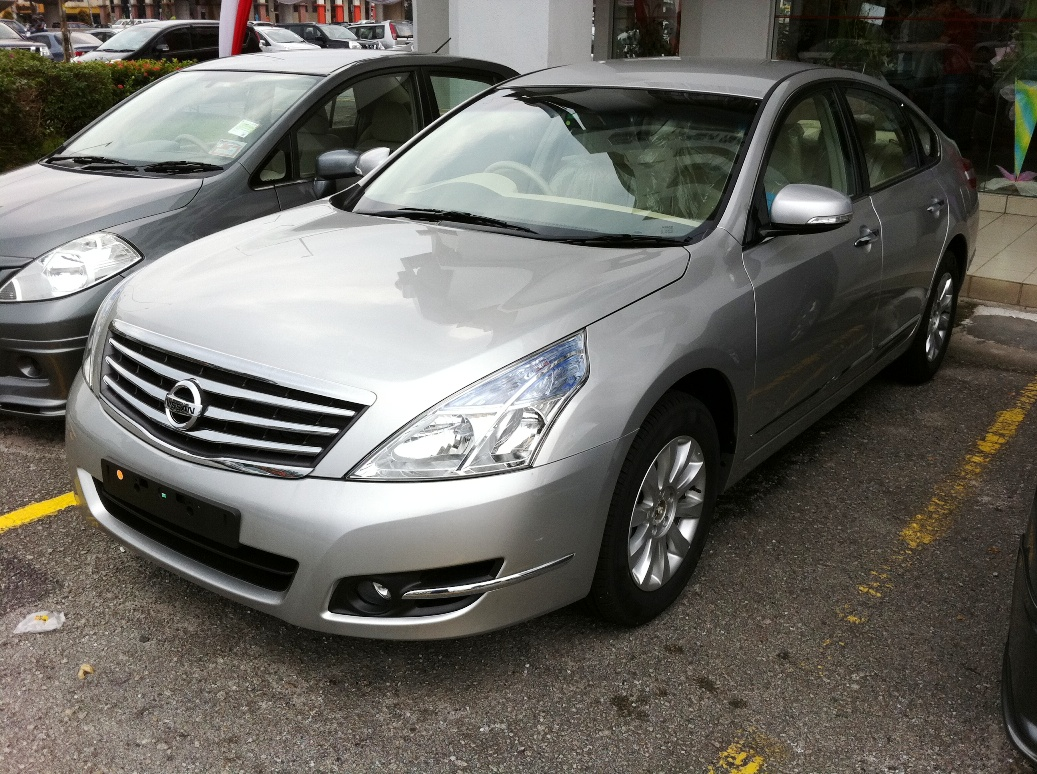 Life In Digital Colour The New Nissan Teana Review