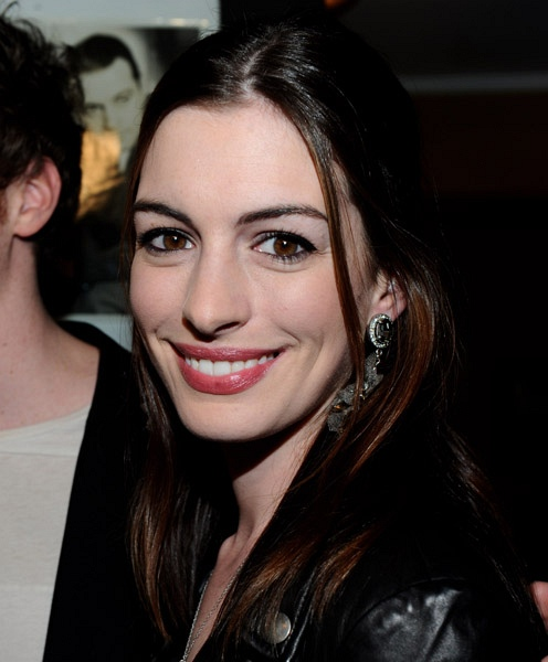 Anne Hathaway Daily