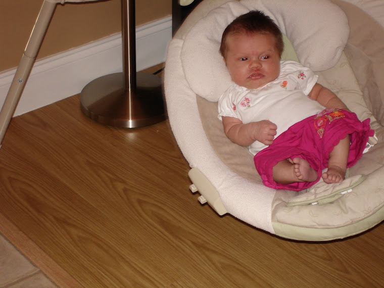 Missoni tried out this swing at Baylee's house.