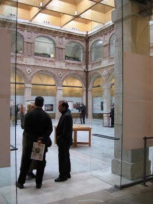 Exposici n itinerante facultad de arquitectura for Universidades de arquitectura en espana