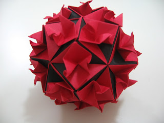 Tomoko Fuse Floral Origami Globes Red and Black Curls 1 Type III
