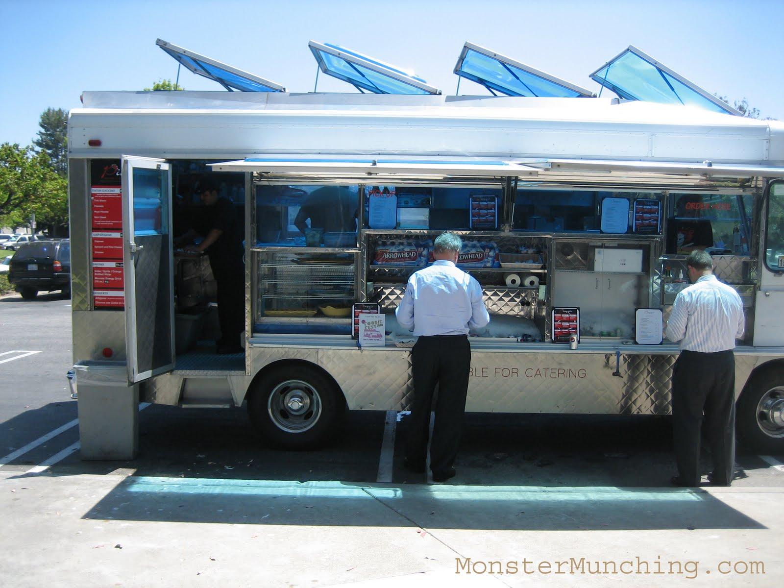 Lonchera Food Truck Milwaukee