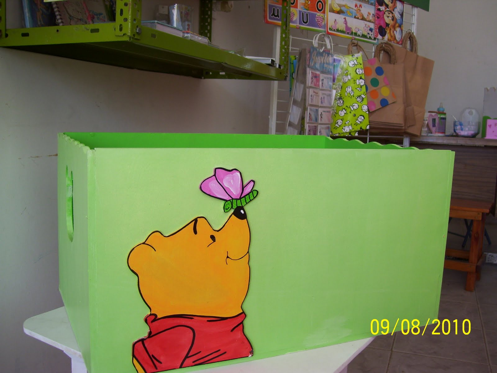Silvina andisco artesanias cajones para guardar juguetes - Cajon para juguetes ...