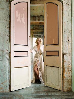 dirty blonde: ashley olsen, cool house.