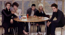 I Want to Sit at the Cool Table!!