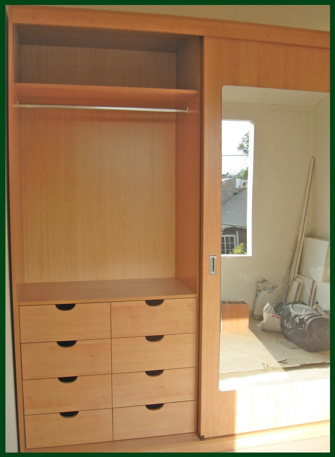 Muebles jose luis chingay closet exclusivo color haya for Modelos de puertas para closet