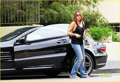 Imagenes/Videos Paparazzi Cast Ashley-greene-nikki-reed-02%5B1%5D
