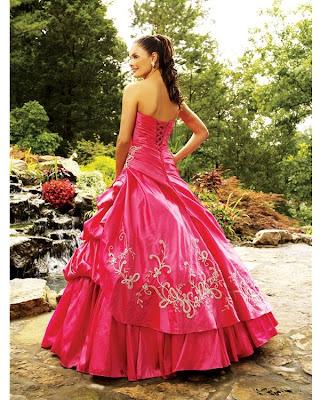 vestidos de 15 aos morados. de este Vestido de 15 años