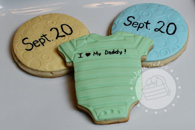 baby announcement cookies onesies