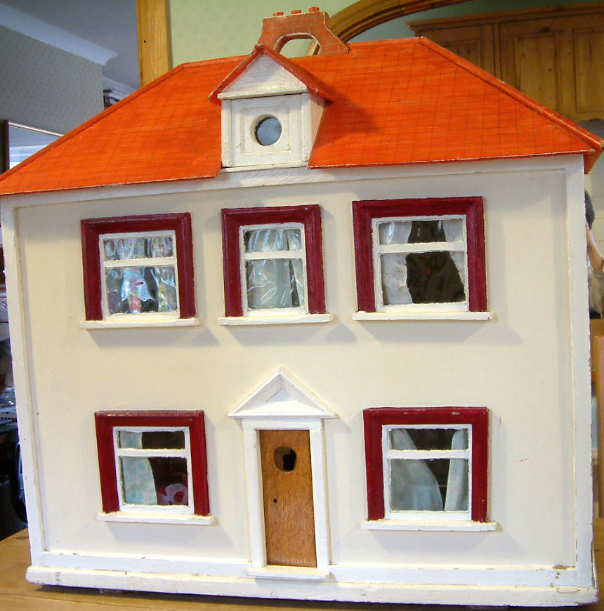 Kt miniatures journal unique 1950s dolls house for Unique doll houses