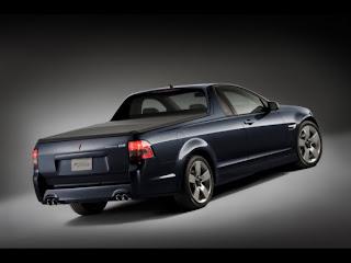 2010-pontiac-g8-sport-truck-rear-angle-view