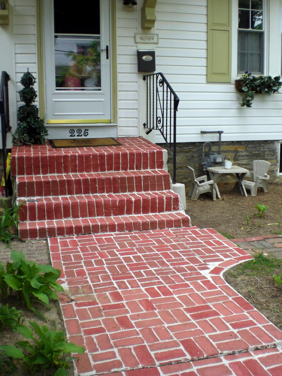 how to make a brick sidewalk