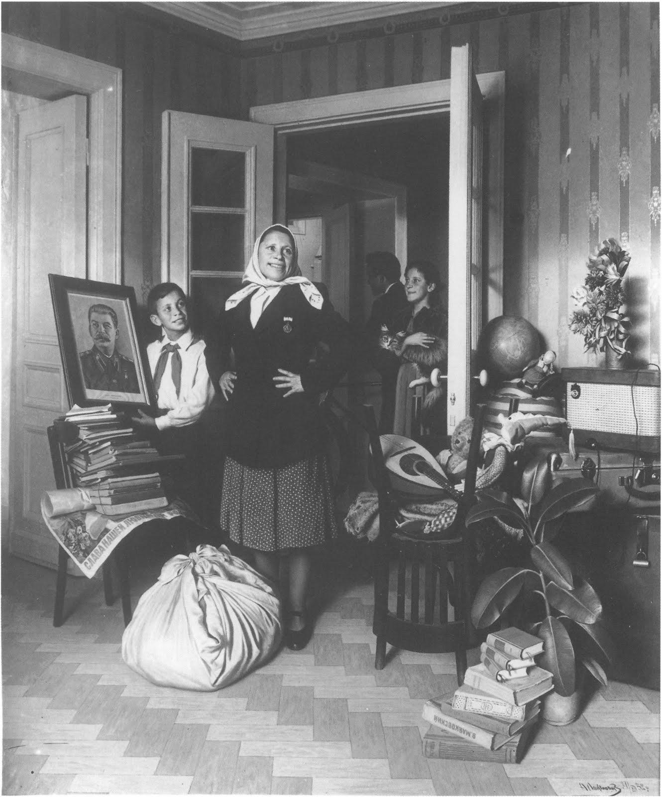 liam morrisey ma spud moving into a new apartment aleksander laktionov 1952. Black Bedroom Furniture Sets. Home Design Ideas