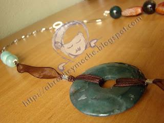 collar agatas artesania