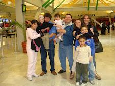 2008 Febrero 3 - En el aeropuerto