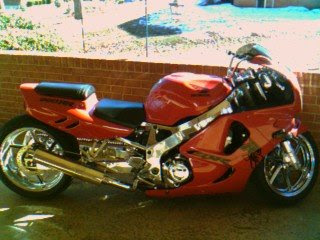 Honda CBR chrome airbrush