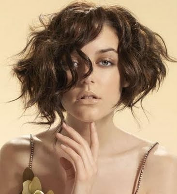 short haircuts for thick hair pictures. bob hairstyles for thick hair.