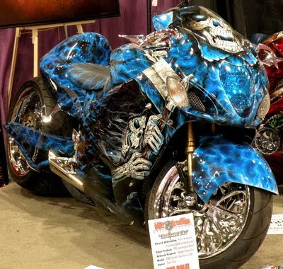 awesome airbrushing motorbike