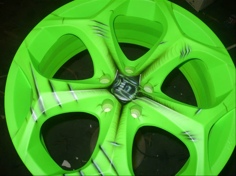Racing Wheel Car Airbrush Paint 2