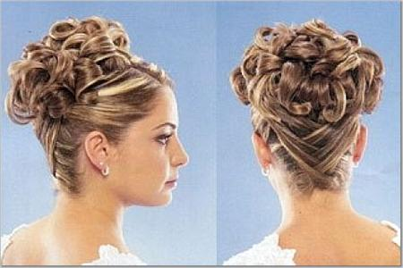 curly wedding hairstyle. curly wedding hairstyle
