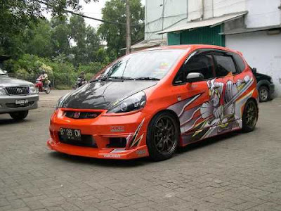 Honda Jazz Sporty Airbrush Modification