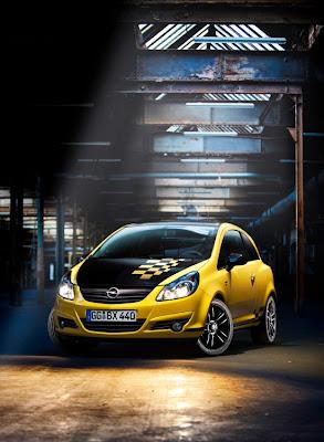 2011-Opel-Corsa-Custom-Airbrush-Front