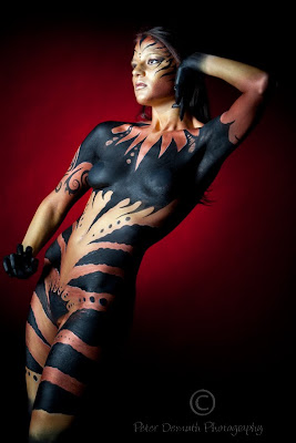 Perfect-woman-airbrush-body-painting