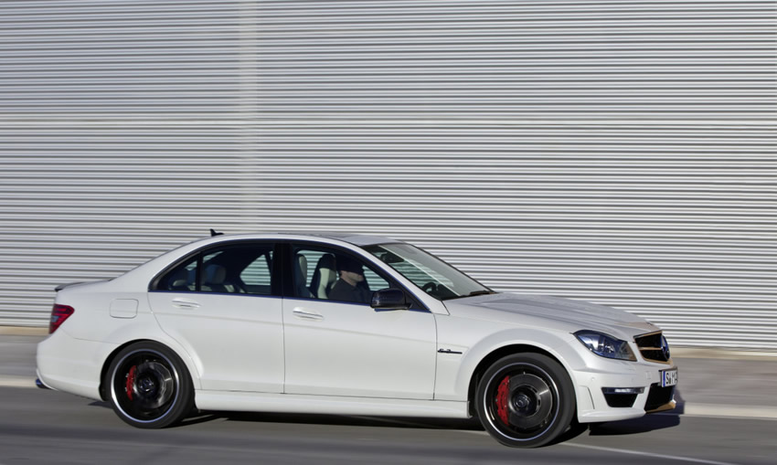 C63 Amg White Black Rims Mercedes-benz-c63-amg-white