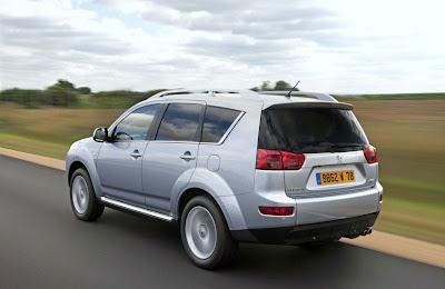 Peugeot-4007-DCS-silver-back