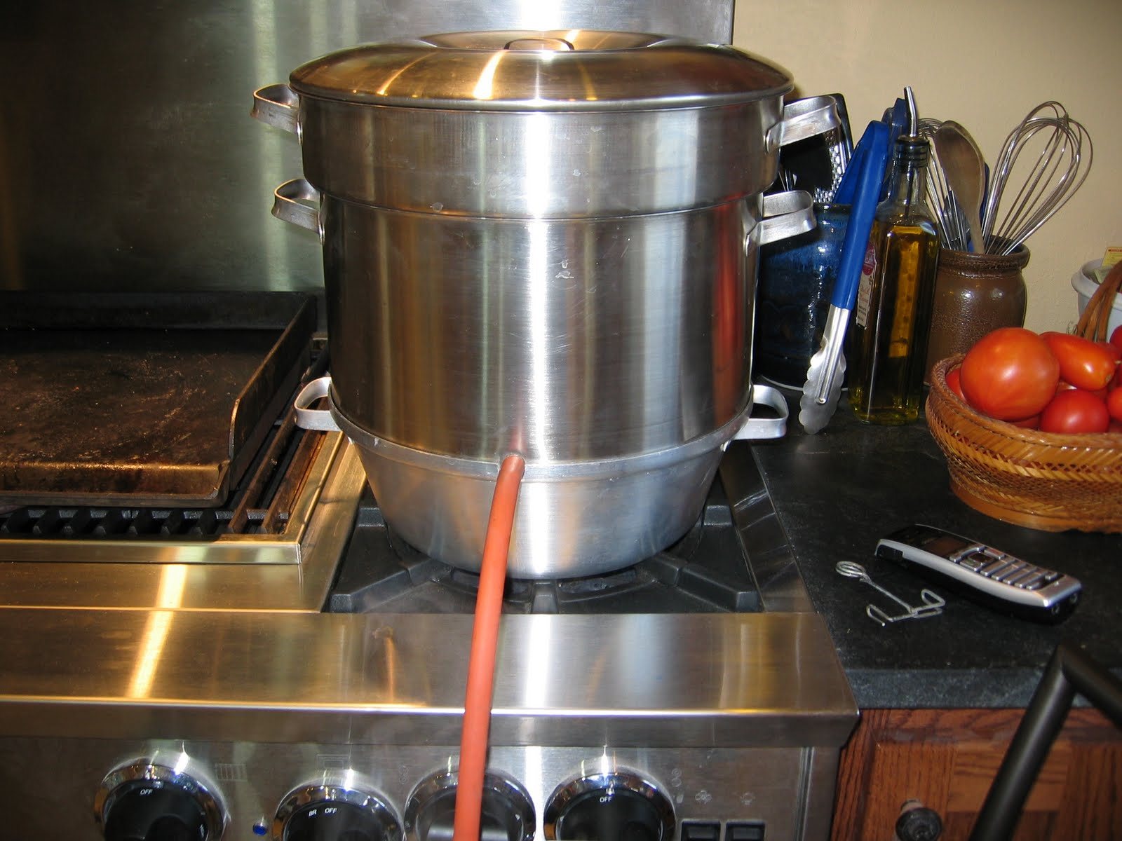 how to make grape juice using a steam juicer