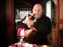 Mr le marquis et la chatte de l'ermitage.