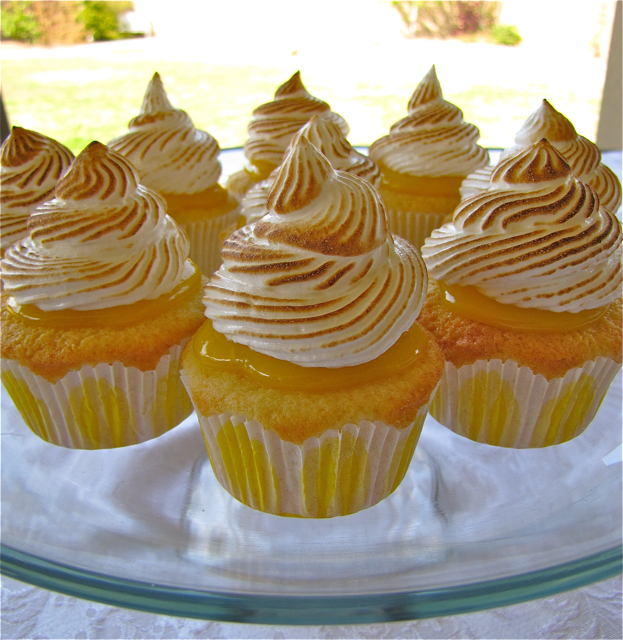 Susi's Kochen Und Backen Adventures: Lemon Meringue Cupcakes